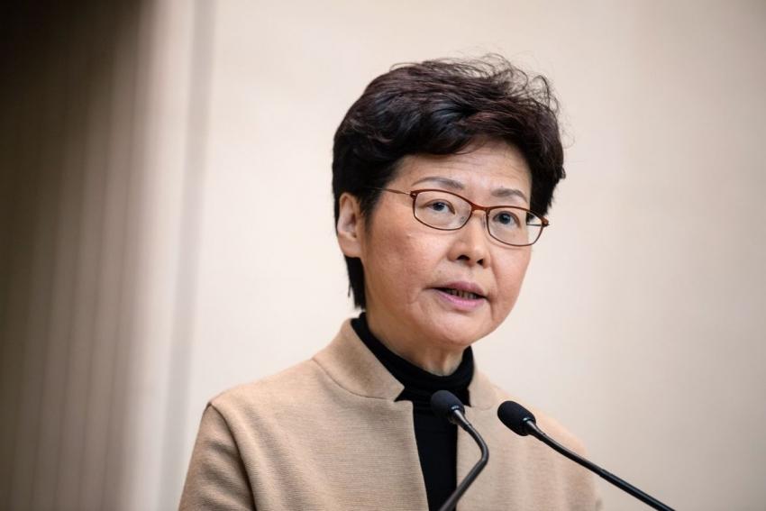 أمريكا تفوض عقوبات على رئيسة هونج كونج حول حملة التضييق الصينية