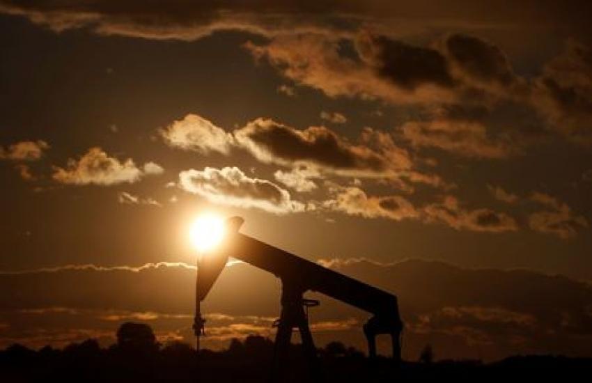 النفط ينخفض بنسبة %1