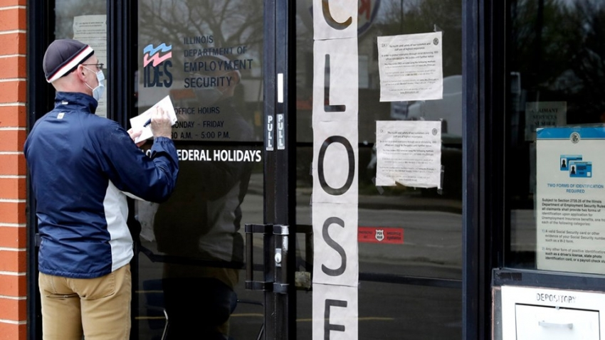 وظائف القطاع الخاص الأمريكية تنخفض أقل من المتوقع في مايو