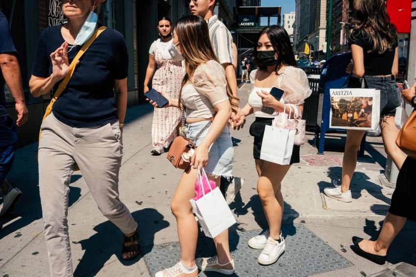 مبيعات التجزئة بأمريكا تقفز على غير المتوقع وتبرهن على صمود الطلب الاستهلاكي