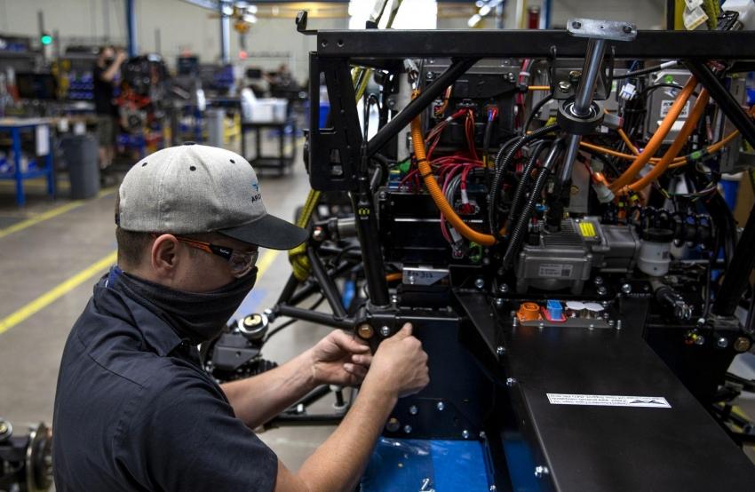 زيادة إنتاج الصناعات التحويلية في أمريكا للشهر الثاني على التوالي