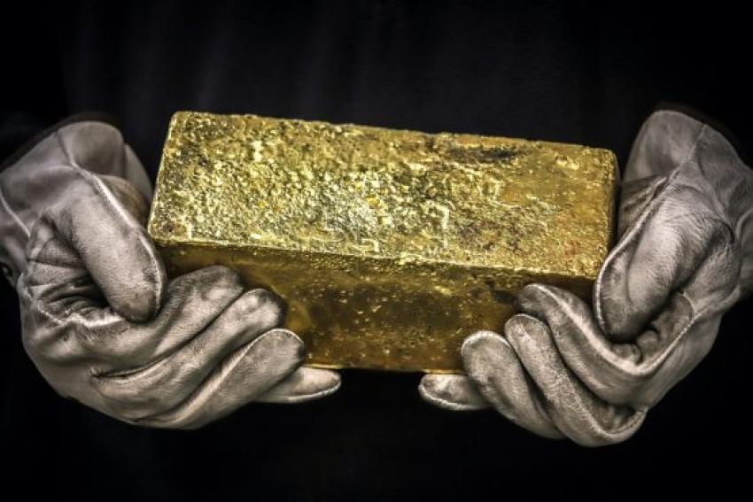بعد صدمة الفيدرالي...الذهب بصدد أسوأ أداء أسبوعي منذ مارس 2020