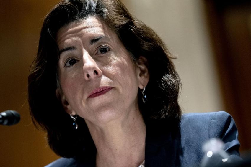 وزيرة التجارة الأمريكية تستبعد فكرة استمرار طفرة التضخم