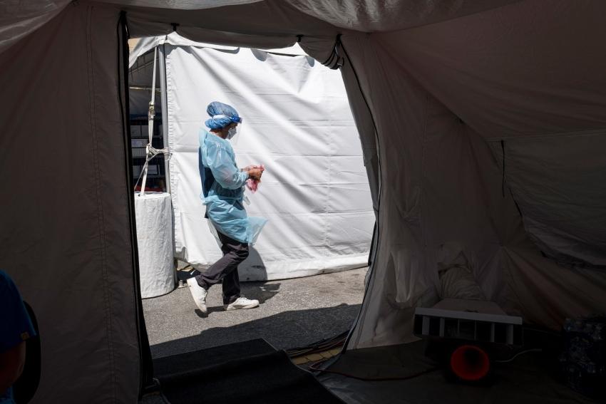 بريطانيا تسجل أكبر زيادة في حالات الإصابة بكوفيد منذ أوائل مايو