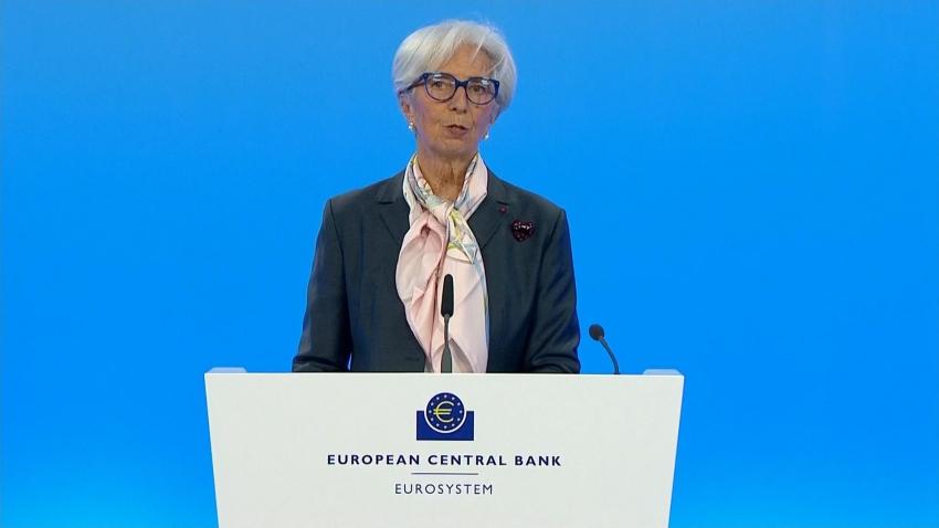 لاجارد: المركزي الأوروبي لا يناقش تقليص التحفيز
