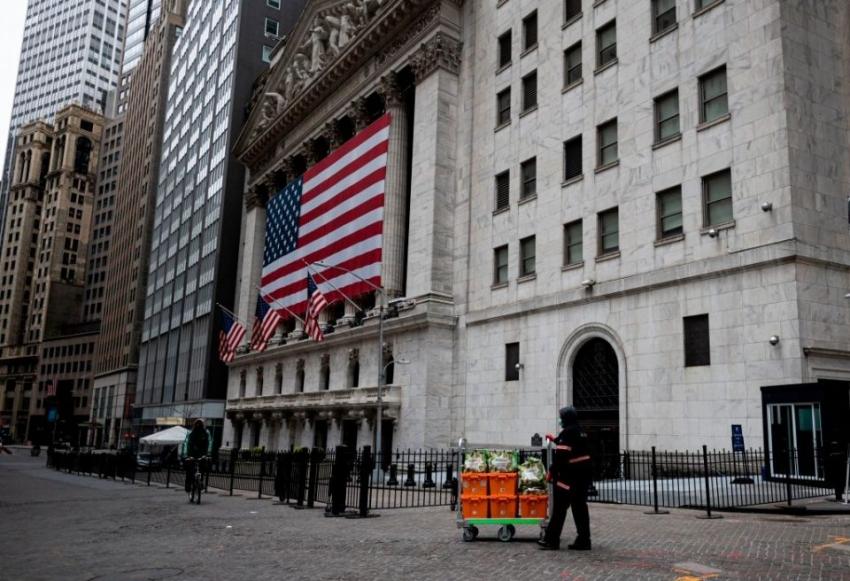 الأسهم الأمريكية تنتعش مع تنامي تفاؤل المستثمرين بشأن تحفيز إضافي