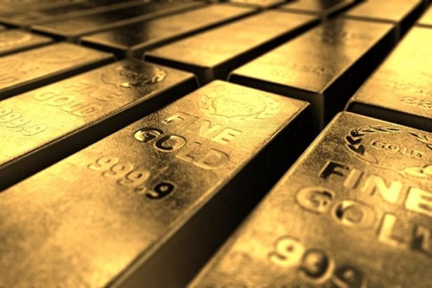 ينزلق الذهب مع ارتفاع العائدات