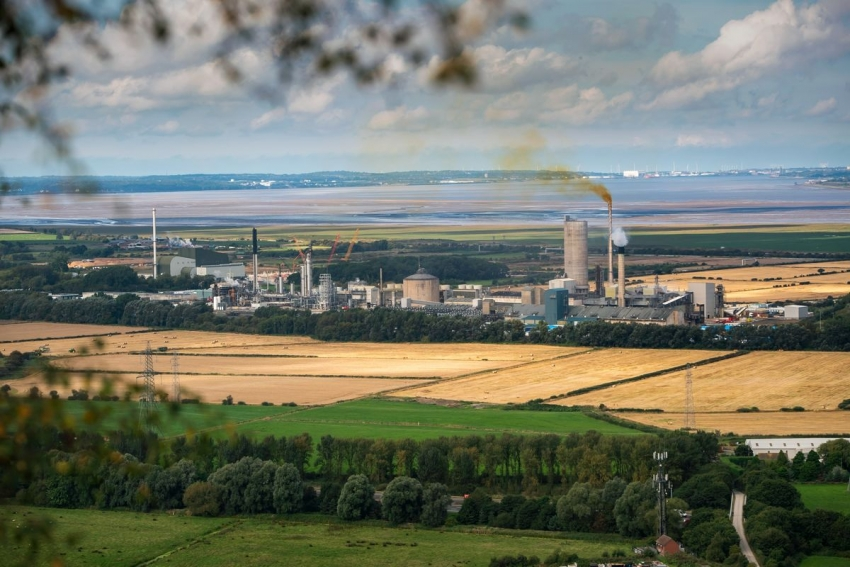 أزمة طاقة تخيم بظلالها على أفاق الاسترليني رغم زيادات مرتقبة في سعر الفائدة