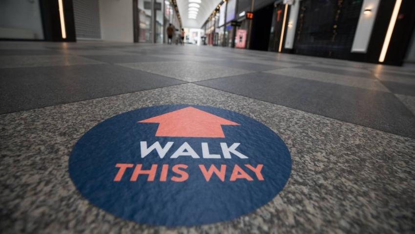 معنويات المستهلك الأمريكي تسوء في أواخر مايو