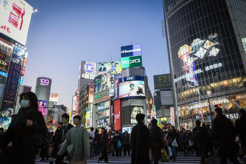 اقتصاد اليابان يواجه خطر الركود بعد الإنكماش بأسرع وتيرة منذ 2014