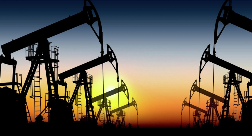 أسعار النفط متباينة بسبب مخاوف فيروس كورونا من تعطيل الطلب على الوقود