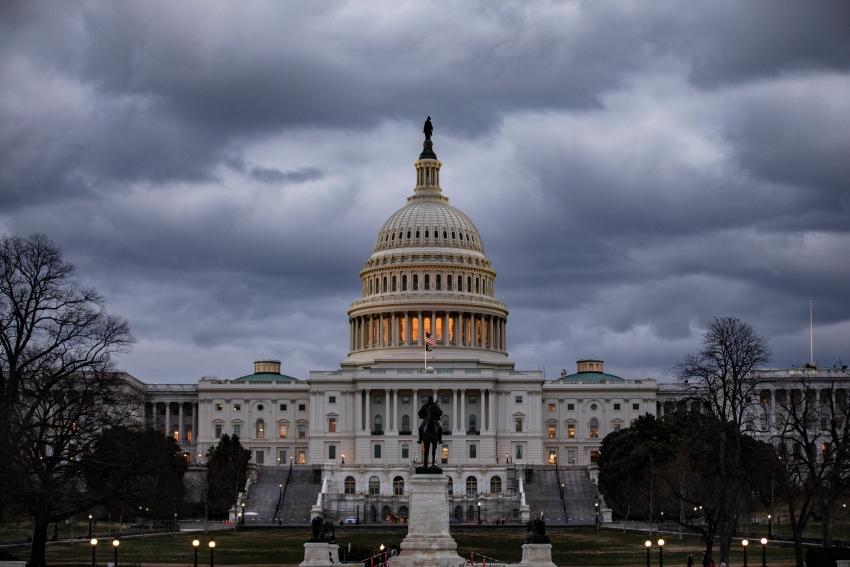 الميزانية الأمريكية تسجل في مارس ثالث أكبر عجز في تاريخها