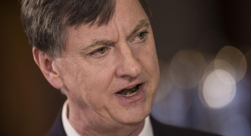 إيفانز المسؤول بالفيدرالي: تعافي الاقتصاد يتوقف على دعم مالي كبير إضافي